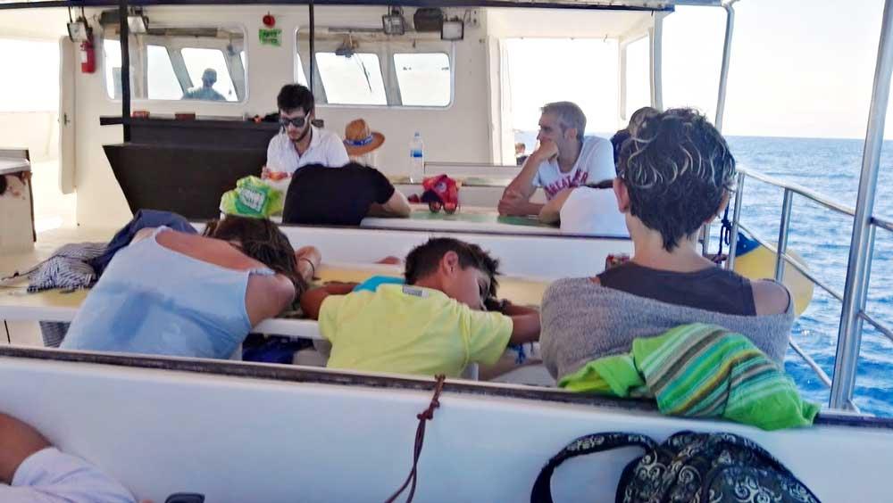 Viaje de vuelta en barco desde las Islas Columbretes